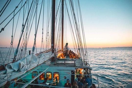 meilleures activités evjf lisbonne - croisière en yacht lisbonne