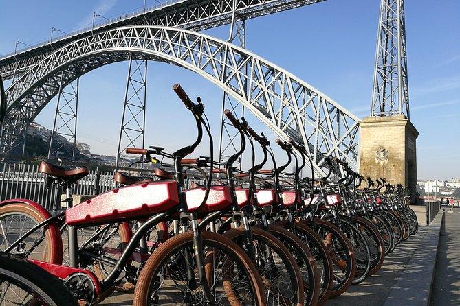 meilleures activités evjf porto - visite guidée en vélo à porto